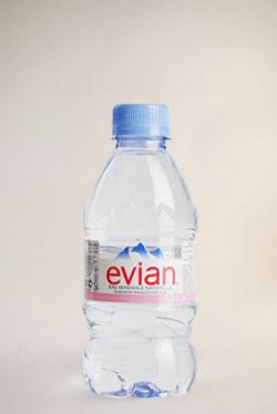 Эвиан 330 мл пластик